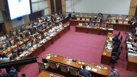 Komisi I DPR Pertanyakan Keamanan Data Registrasi Kartu SIM Prabayar. Liputan6.com/ Agustin Setyo Wardani