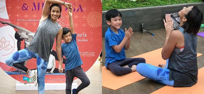 Gaya Sheemar saat yoga pun terlihat lucu, mencoba menirukan gaya sari sang ibu./instagram.com/melanieputria/gen