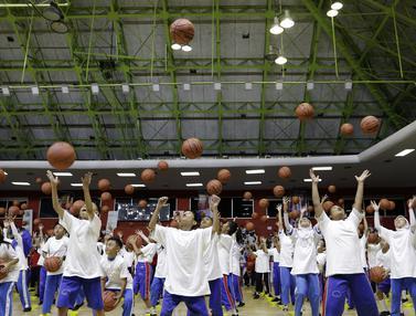 Jr NBA coaching clinic