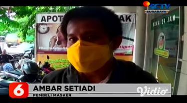 Pasca diumumkannya dua warga Indonesia yang terinfeksi virus corona. Warga mulai beramai-ramai memborong masker dan antiseptik pencuci tangan. Di Surabaya, stok masker dan antiseptik cuci tangan di beberapa apotik kosong.