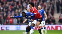Gelandang MU, Marouane Fellaini terancam hukuman larangan bertanding sebanyak 3 laga. BEN STANSALL / AFP