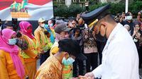 Wali Kota Medan, Bobby Nasution, memberi perhatian khusus kepada ujung tombak Pemerintah Kota (Pemko) Medan yang langsung berhubungan dengan masyarakat