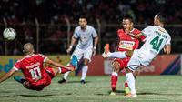 Persebaya Surabaya meraih kemenangan 3-1 atas Badak Lampung FC di Stadion Sumpah Pemuda, Bandar Lampung, Selasa (20/8/2019). (Bola.com/Aditya Wany)