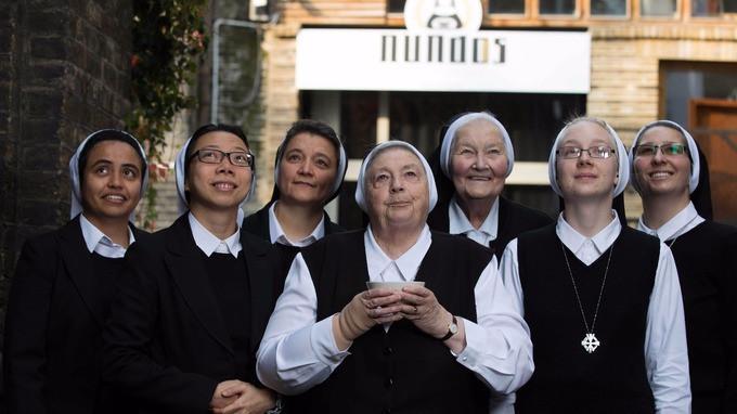 Para suster dari the Daughters of Divine Charity di Norfolk    Source: http://www.itv.com