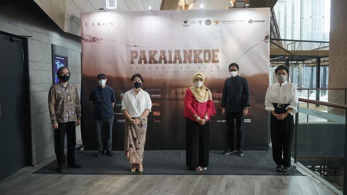 Peluncuran koleksi PakaianKoe