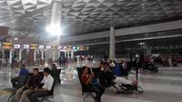 PT Angkasa Pura II (Persero) dini hari ini tepat pukul 00.01 WIB resmi mengoperasikan sebagian Terminal 3 Bandara Internasional Soekarno Hatta, Tangerang, Banten.