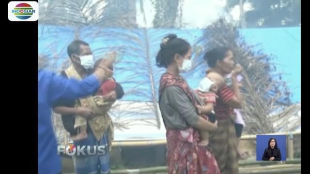 Pengungsi gempa Lombok, NTB, terjangkit malaria dan demam berdarah, petugas lakukan pengasapan.