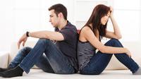 Bagaimana cara setop galau dan dilema karena mencintai sahabat sendiri? Motivator Cinta Feri Purwo berbagi solusi dari kisah Yulia ini