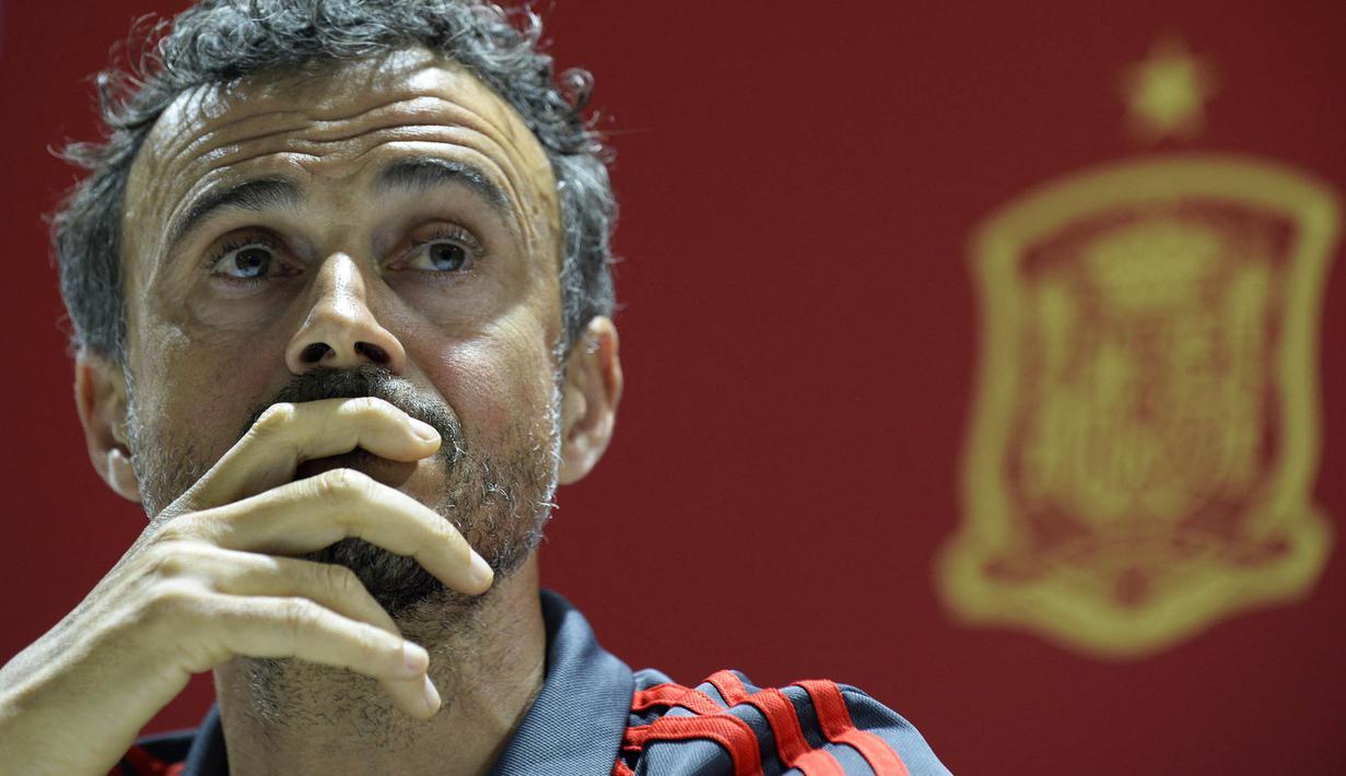Pelatih Luis Enrique telah merilis daftar nama pemain yang akan memperkuat Timnas Spanyol di Kualifikasi Piala Dunia 2022. Mengejutkannya, ada beberapa pemain top yang tidak masuk ke dalam rencananya tersebut. Berikut ulasannya. (AFP/Cristina Quicler)