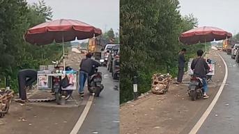 Pedagang Salat di Pinggir Jalan, Pemotor Ini Lakukan Tindakan Terpuji