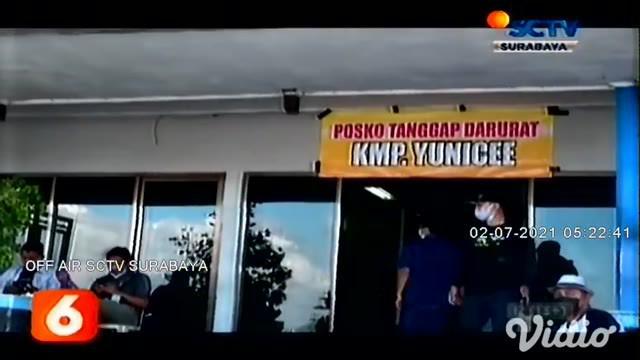Tim SAR gabungan menemukan 20 life jacket atau baju pelampung, di tengah laut diduga milik KMP Yunicee. Pencarian penumpang yang hilang terus dilakukan petugas dari Bali dan Banyuwangi.