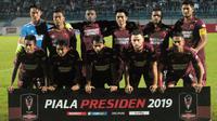 Skuat PSM Makassar saat menghadapi PSIS Semarang di Stadion Moch Soebroto, Magelang, Sabtu (16/3/2019). (Bola.com/Vincentius Atmaja)