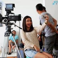 Michelle Ziudith selfie saat syuting film 'Magic Hour'. Foto: Twitter (@MagicHourID)