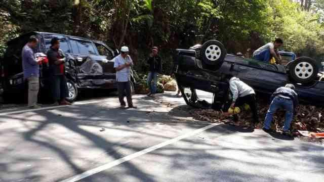 10 Hal Yang Harus Dilakukan Jika Terlibat Kecelakaan Otomotif Liputan6 Com