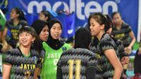 Juara bertahan tim putri Jawa Timur lolos ke final Kejurnas Bola Voli Junior 2019 usai mengalahkan Jawa Barat di GOR Bulungan, Jakarta Selatan, Rabu (6/11/2019). (foto: PBVSI)