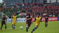 PSM Makassar mengalahkan Bhayangkara FC 2-0 pada leg kedua semifinal Piala Indonesia 2018, di Stadion Mattoangin, Makassar, Jumat (3/5/2019). (Bola.com/Abdi Satria)