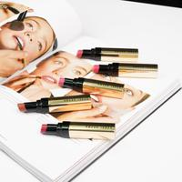 Luxe Shine Intense Lipstik dari Bobbi Brown menawarkan hasil akhir yang berkilau dan tampak sehat. (Foto: Bobbi Brown)
