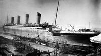 Titanic (Wikimedia Commons)