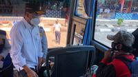 Menteri Perhubungan Budi Karya Sumadi mengunjungi Terminal Kampung Rambutan (dok: Kemenhub)