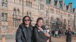 Melengkapi kebahagiaan pernikahan pasangan ini, pada 19 November 2019, Kimberly Ryder melahirkan anak pertama mereka yang diberi nama Rayden Starlight Akbar di London, Inggris. (Liputan6.com/IG/kimberlyryder)