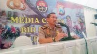 Kombes Awi Setiyono meminta masyarakat untuk mengklarifikasi terlebih dahulu semua informasi yang belum pasti kebenarannya.