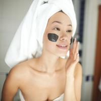 Ilustrasi mud mask/copyright shutterstock