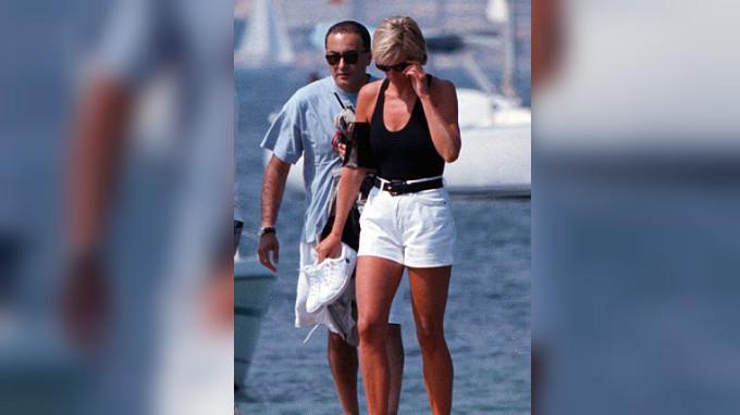 Putri Diana dan Dodi Al Fayed (AP)
