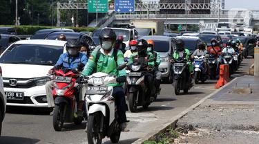 FOTO: Minggu Kedua PPKM Level 4, Mobilitas Warga Jakarta Naik 26 Persen
