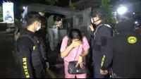 Polisi gerebek 14 ABG hendak pesta seks dan pesta narkoba di hotel (Fauzan/Liputan6.com)