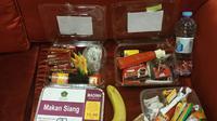 Menu katering makanan yang didapat jemaah calon haji. (Liputan6.com/Nurmayanti)