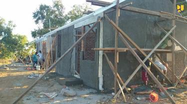 Proses pengerjaan rumah bagi korban benca alam. (Foto Istimewah)