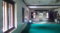 Suasana interior Langgar Tinggi (Liputan6.com/Muslim AR)