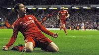 Pemain Liverpool dari Argentinan, Maxi Rodriguez juga menggunakan jersey bernomor punggung 11 dan melakukan debut bersama The Reds pada 16 Januari 2010. (AFP/Paul Ellis)