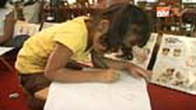 Dengan belajar sekitar dua jam di sebuah kelas kartun di Tangerang, anak-anak sudah bisa menciptakan sebuah cerita lengkap beserta gambar kartun.