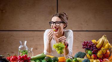 Tetap Sehat Saat Menjalankan Diet CICO (Rosshelen.shutterstock)