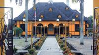 Istana Kesultanan Gunung Tabur, pecahan dari Kesultanan Berau. (dok. kebudayaan.kemdikbud.go.id)