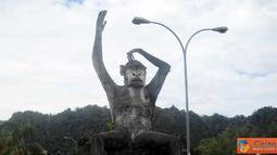 Citizen6, Makasar: Pada hari libur masyarakat sekitar dan luar kota, ramai memadati lokasi wisata alam Bantimurung. (Pengirim: Andi nur)