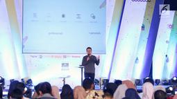 CEO Kapanlagi Youniverse, Steve Christian menjadi pembicara dalam acara Emtek Goes to Campus (EGTC) 2018 di Dome Universitas Muhammadiyah Malang, Kamis (27/9). Steve berbagi pengalaman Bahaya berita Hoax dan dampaknya. (Liputan6.com/Johan Tallo)