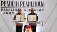 Serah Terima Daftar Penduduk Potensial Pemilih Pemilihan (DP4) untuk Pilkada Serentak Tahun 2020.