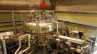 Penampakan reaktor di China yang disebut 'matahari buatan' atau Experimental Advanced Superconducting Tokamak (EAST). (sumber: Institute of Plasma Physics Chinese Academy of Sciences)