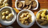 Pempek Palembang berbahan kentang dipercaya bermanfaat bagi para penderita diabetes (Liputan6.com / Nefri Inge)