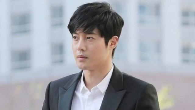 ditanya soal anak begini jawaban kim hyun joong showbiz liputan6 com