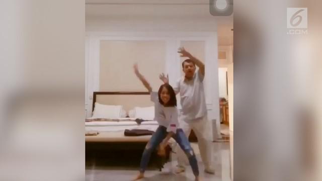 Video Wakil Presiden Jusuf Kalla berjoget bersama cucunya di aplikasi Tik Tok viral di media sosial