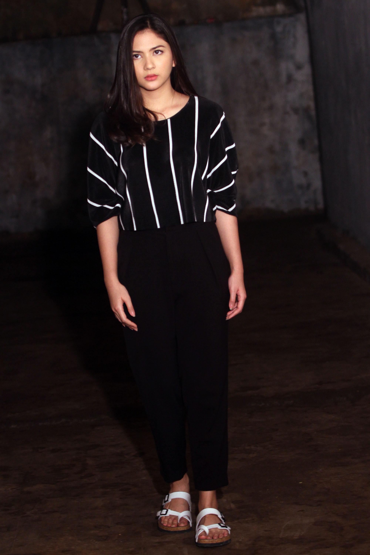 Jessica Mila saat syuting film Mata Batin di Gua Belanda. (Rizky Aditya Saputra)
