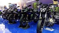 Yamaha Indonesia meluncurkan lima model 'Monster Energy Yamaha MotoGP Edition' di Jakarta Fair Kemayoran 2019. (Septian / Liputan6.com)
