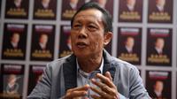 Kepala Badan Intelijen Negara (BIN) Letjen (Purn) Sutiyoso meluncurkan buku berjudul Sang Pemimpin di Djakarta Theater, Jakarta Pusat, Minggu (6/12/2015). (Liputan6.com/Faizal Fanani)