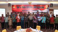 Doa syukur lintass agama Pemilu damai di Papua. (Liputan6.com/Katharina Janur/Polda Papua)
