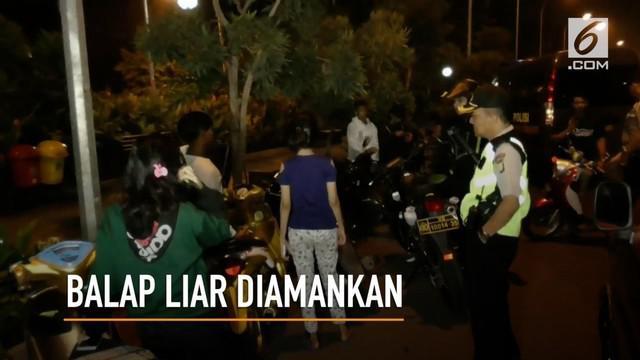 Petugas Kepolisian Polres Metro Bekasi Kota,  Minggu dini hari,  menggelar operasi cipta kondisi. Sebanyak, belasan remaja yang diduga hendak melakukan balap liar terjaring operasi.