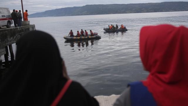 Ketua DPR: Polri Harus Selidiki Menyeluruh Tragedi KM ...
