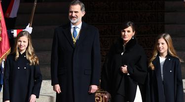 Raja Felipe VI, Ratu Letizia, Putri Leonor, dan Putri Infanta Sofia dari Spanyol